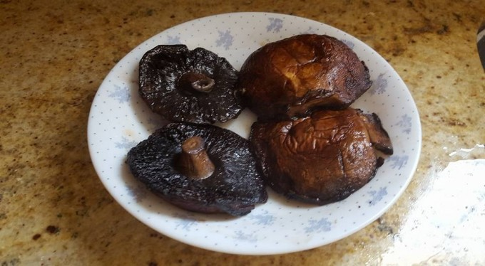 preheat oven 450c -15mins                4: bake 15 mins on each side of chicken and  portabella, then only take out portabella, dish up and slice into thick slices