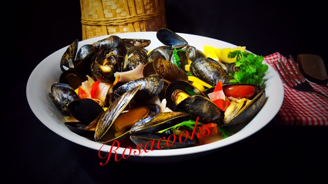 Soupy mussels@ rosacooks